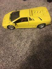 Maisto Special Edition 1994 /1995 Lamborghini Diablo SE30 Yellow Diecast Model