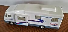"""TRAVEL FOR YOU"" Diecast Camper Removable Furnature Prime Prod."
