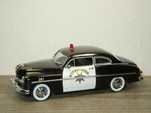 1949 Mercury Coupe Highway Police - Universal Hobbies 1:43 *52436