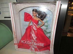 Barbie Signature 2019 Holiday Barbie Brunette NEW Damaged Box