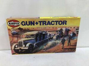AIRFIX HO/OO plastic 88mm Gun and Tractor 02303