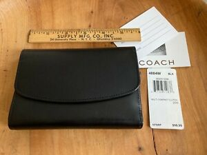COACH BLACK LEATHER MULTI COMPACT CLUTCH.  NWT.