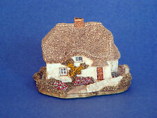 Lilliput Lane Clover Cottage