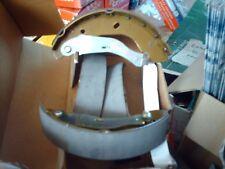 Axle set rear brake shoes Ford Transit 2.0 Mk6 FWD 2000 - 2006