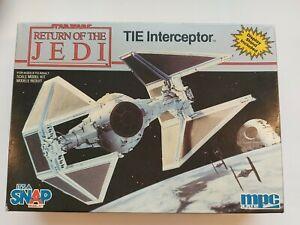 Star Wars TIE Interceptor Modellbausatz mpc ERTL