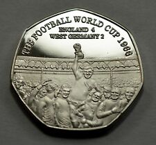 FOOTBALL WORLD CUP 1966 Silver Commemorative. Albums/Collectors, Bobby Moore