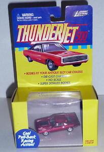 Johnny Lightning Thunderjet DODGE CHALLENGER *MIB 1999 Candy Red Adapts To Slot