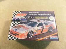 New 1995 Monogram 1:24 Scale Model Kit NASCAR Alan Kulwicki Hooters Thunderbird