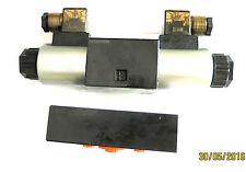 Hydraulikventil /Cetop 3 NG 6 / 4/3-Wegeventil  mit Grundplatte