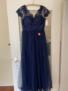 Kleid Blau Chi Chi London