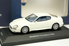 Ixo 1/43 - Maserati Gransport 2004 Blanco