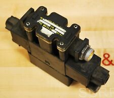 Parker D1VW4CNYCF56 Hydraulic Control Valve With Parker BE Pin Regulator - USED