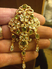 LONDON DESIGNER SIMULATED PERIDOT ANTIQUE VICTORIAN STYLED BROOCH