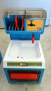 jouet cuisine enfant maison poupée vintage