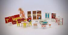 Puppenhausmöbel 60 er 70 er Konvolut plus 1 Barbie von 1968