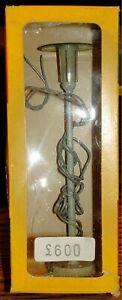 WIAD - METAL STREET LAMP #166 - HO TRAIN