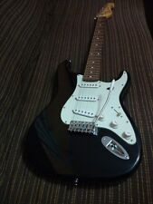 SX CHITARRA ELETTRICA da studio tipo Stratocaster in ottime condizioni