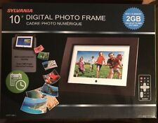 "Sylvania SDPF1089-C 10"" Digital Photo Frame (Cadre Photo Numerique) 2GB"