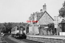 PHOTO  CLASS 150 150239 AT  EGGESFORD RAILWAY STATION 1993