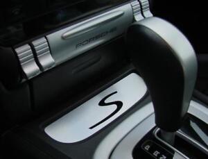 Porsche Cayenne Turbo GTS 9PA Aluminium Dekorblende unter Aschenbecher Fach