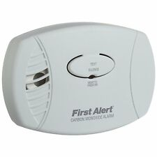 First Alert CO600 Plug In Carbon Monoxide Alarm Detector Home Safety*