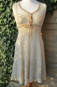 Vintage Ladies Mary Farrin Cream Coloured Crocheted Dress 1960/70's Size M