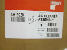 AIR CLEANER ASSEMBLY AH19220 FLEETGUARD