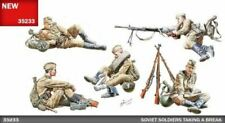 MINIART MODELS 1/35 SOVIET SOLDIERS TAKING A BREAK (5) W/WEAPONS & ACC | 35233