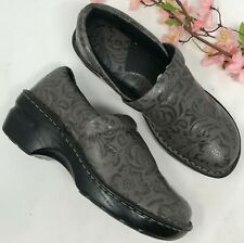 Born Concept BOC Peggy Gray Tooled Vegan Clogs Slip On Shoes Sz 7.5 Medium