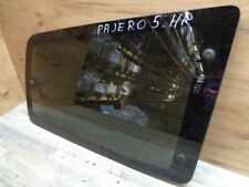 Mitsubishi Pajero v60 3,2 Pages Vitre Coffre vitre Arrière Droit (5)