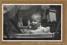 Carte Photo vintage card RPPC portrait enfant bébé dans landau landeau kh0301