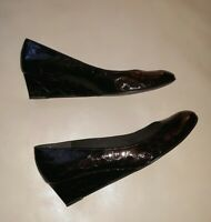 Women's Sz 10 M STUART WEITZMAN Brown Patent Leather Reptile Wedge Slip On Shoes