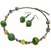 Parure Collier Boucles d'oreilles résine fimo métal vert jaune argenté bronze