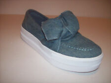 New GUESS CHIPPY Women's casual blue textile flat platform slip-on shoes US Sz 7