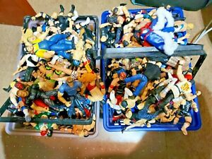 WWF WWE PICK FROM 160 DIFFERENT JAKKS PACIFIC FIGURES 1996-1999