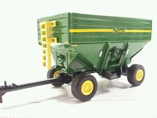 1/64 ERTL CUSTOM FARM TOY DEMCO GREEN CORN SOYBEAN GRAIN GRAVITY WAGON