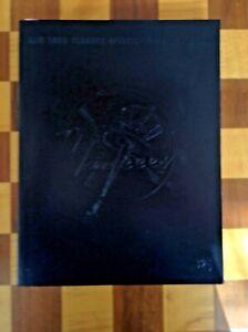 2005 New York Yankee Baseball Yearbook - Derek Jeter, Mariano Rivera