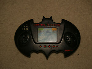 Batman & Robin Tiger Electronic game - 1997