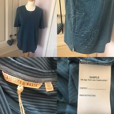 """Ted Baker Blue Striped T-Shirt """"Sample"""" Ted Size 4 L 40 TB Embroidered Applique"""