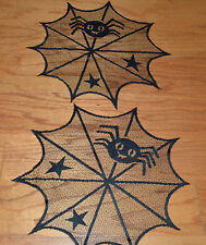"""Heritage Lace Black Fabric Halloween Spider,Stars Tabledecor 16/"""" Doilies 710"""