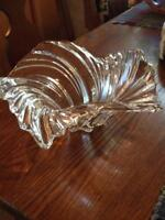 GORGEOUS MIKASA CLEAR CRYSTAL GLASS SWIRL CANDY DISH CANDLE HOLDER BOWL SWEET