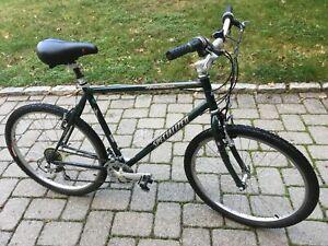 Specialized Hardrock mens bike mans green hybrid large road mountain bicycle