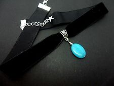A LADIES GIRLS BLACK  VELVET OVAL BLUE JADE STONE  CHOKER NECKLACE. NEW.