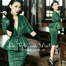 Le Palais Vintage emerald green set (Size XS)
