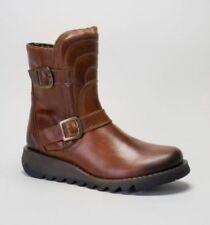 Botas de mujer botines FLY London color principal marrón