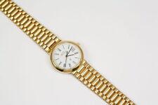 Polierte Armbanduhren mit Massivgold-Armband und 12-Stunden-Zifferblatt