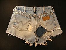 Wrangler Vintage CUTOFF JEAN SHORTS Cut Off W 27 MEASURED Daisy Dukes PATCHES