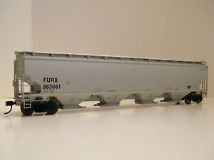 HO WALTHERS FIRST UNION RAIL/FURX TRINITY 6351 COVERED HOPPER