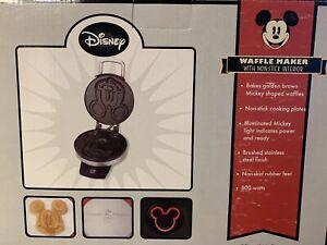 Disney Classic Mickey Mouse Waffle Maker Waffle Iron Intertek NEW Model DCM-1