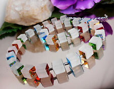 AUSGEFALLENES Würfel Collier mit bunten HOLOGRAMM Quadraten / Würfelkette